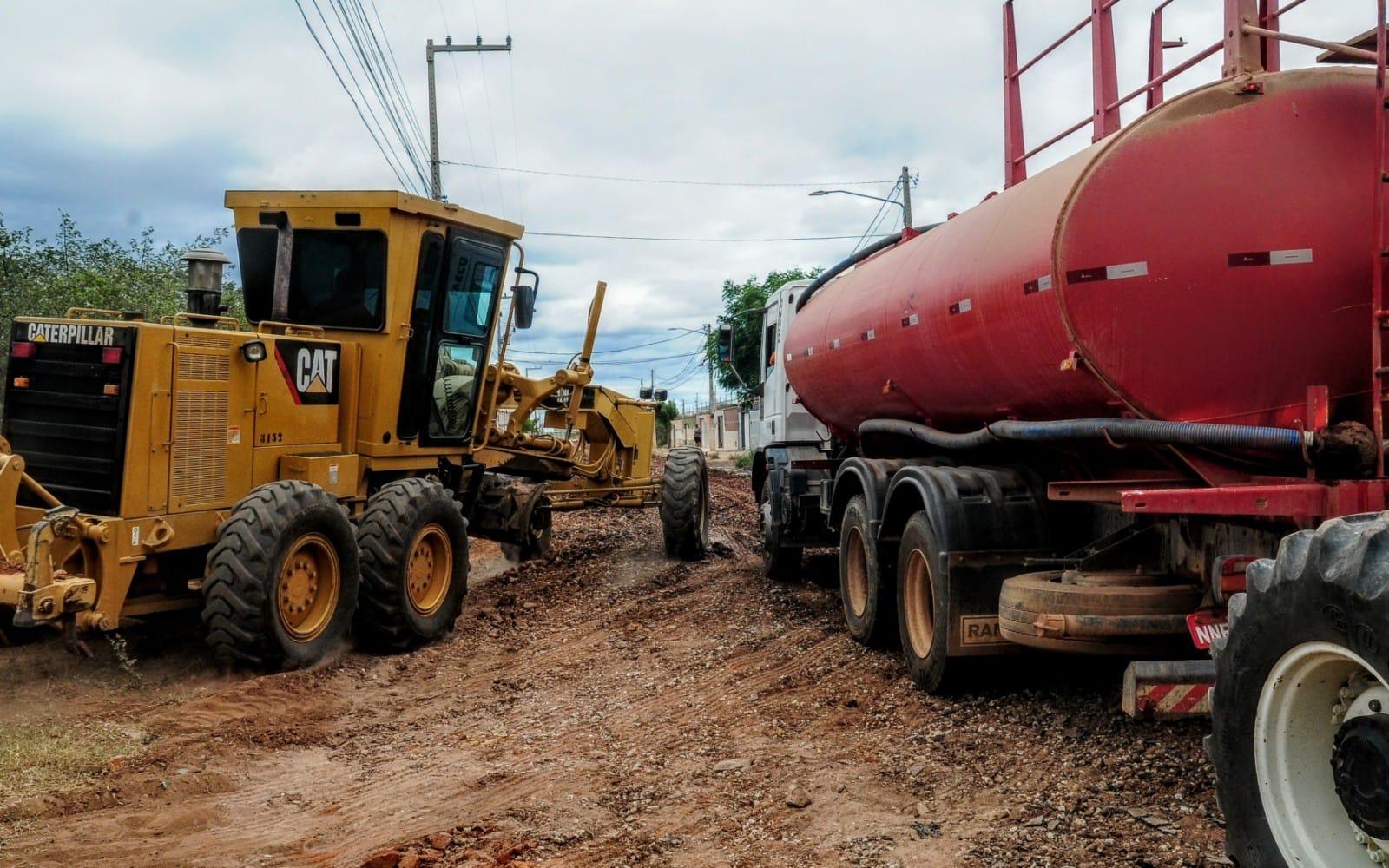 Prefeitura inicia programa Asfalto no Bairro com investimento de 20 milhões de reais