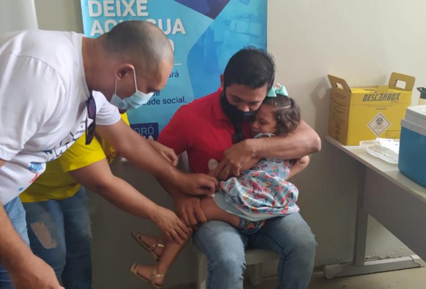 CRAS do Santo Antônio vacina crianças e gestantes do Programa Criança Feliz contra a gripe
