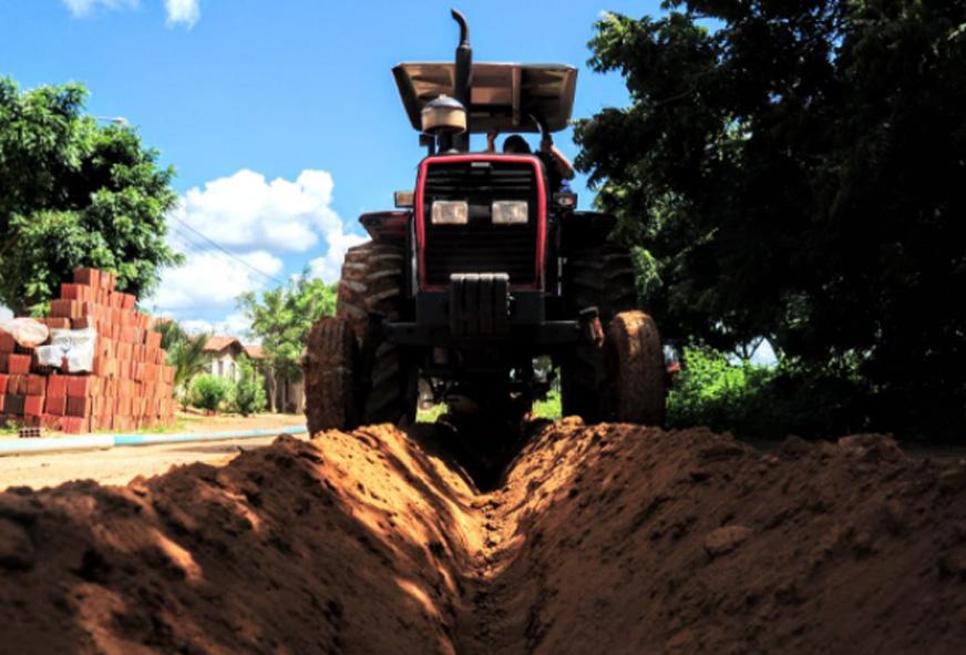 Ação conjunta regulariza abastecimento de água no Assentamento Solidão