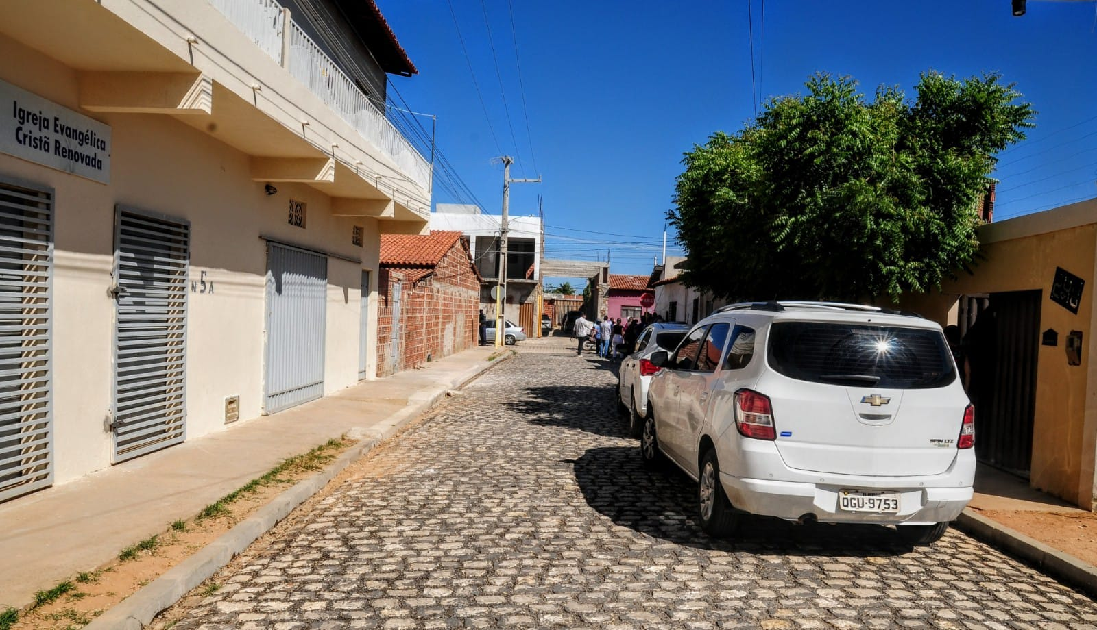Prefeitura conclui pavimentação de ruas na Quixabeirinha