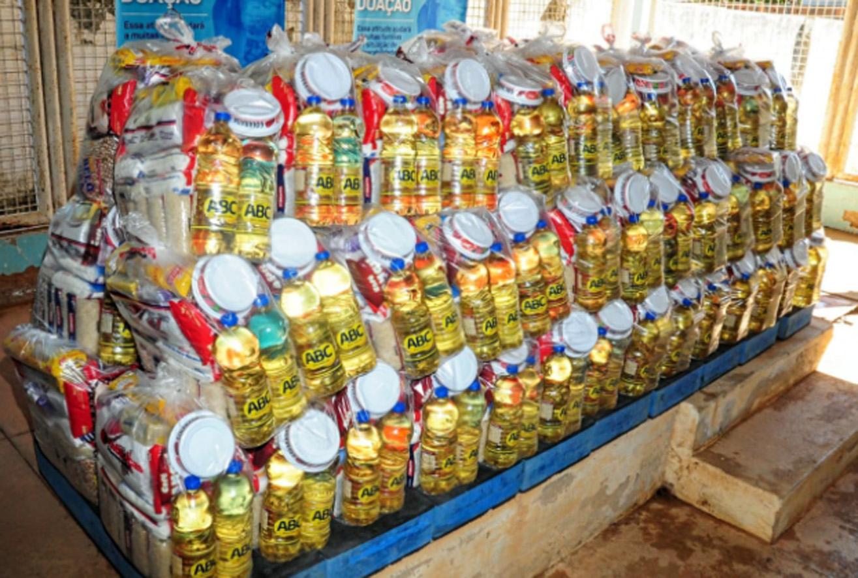 Famílias da comunidade de Riacho Grande recebem complementação alimentar