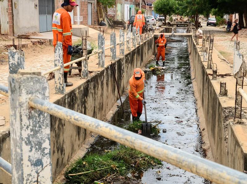 """""""Mossoró Limpa"""": Melhorias em rede de drenagem contemplam todas as regiões da cidade"""