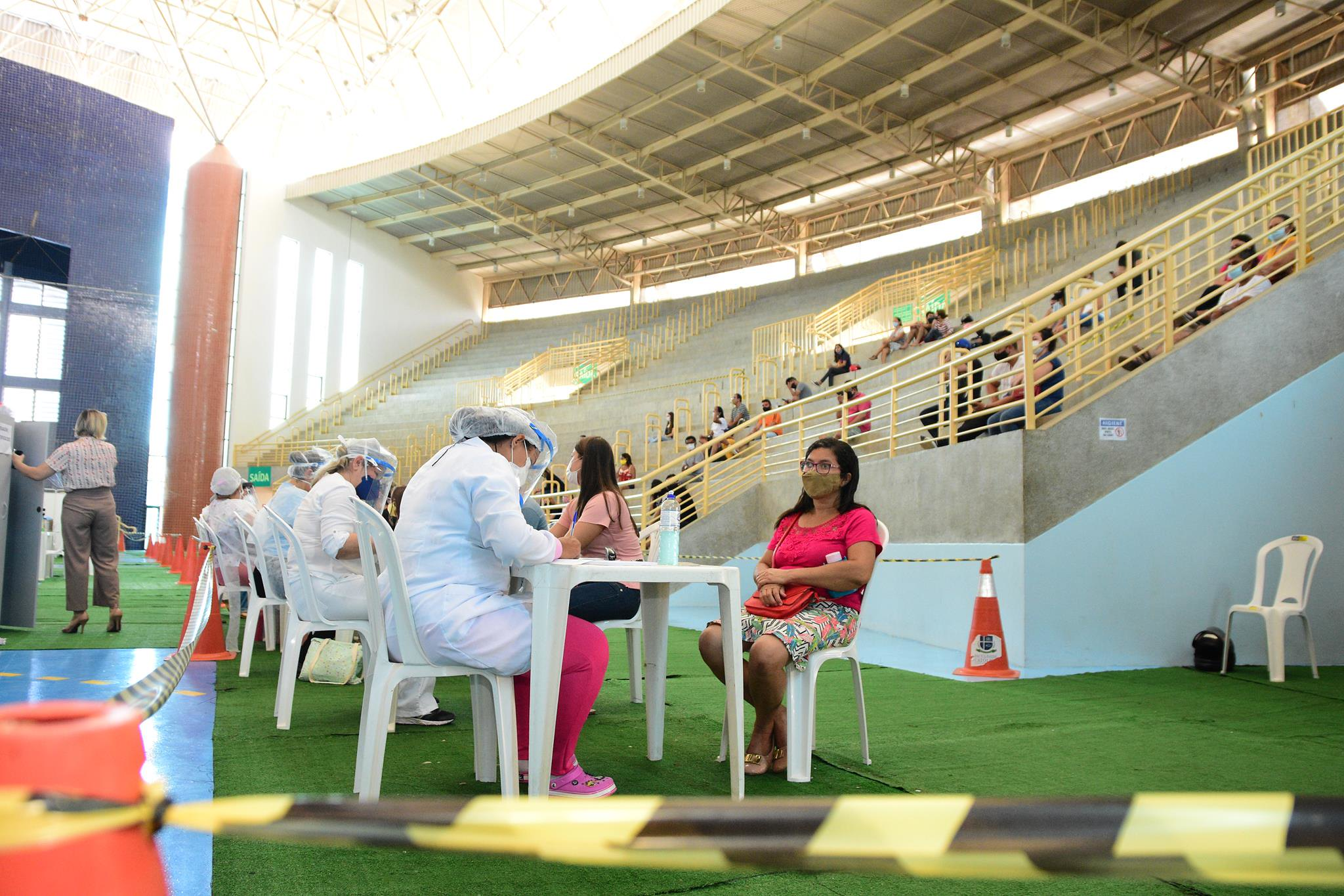 Servidores de testagem e vacinação são liberados para Dia das Mães