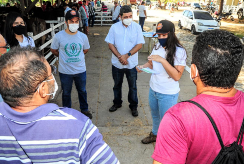 Secretaria realizará semanalmente palestras com criadores de animais da Feira do Bode