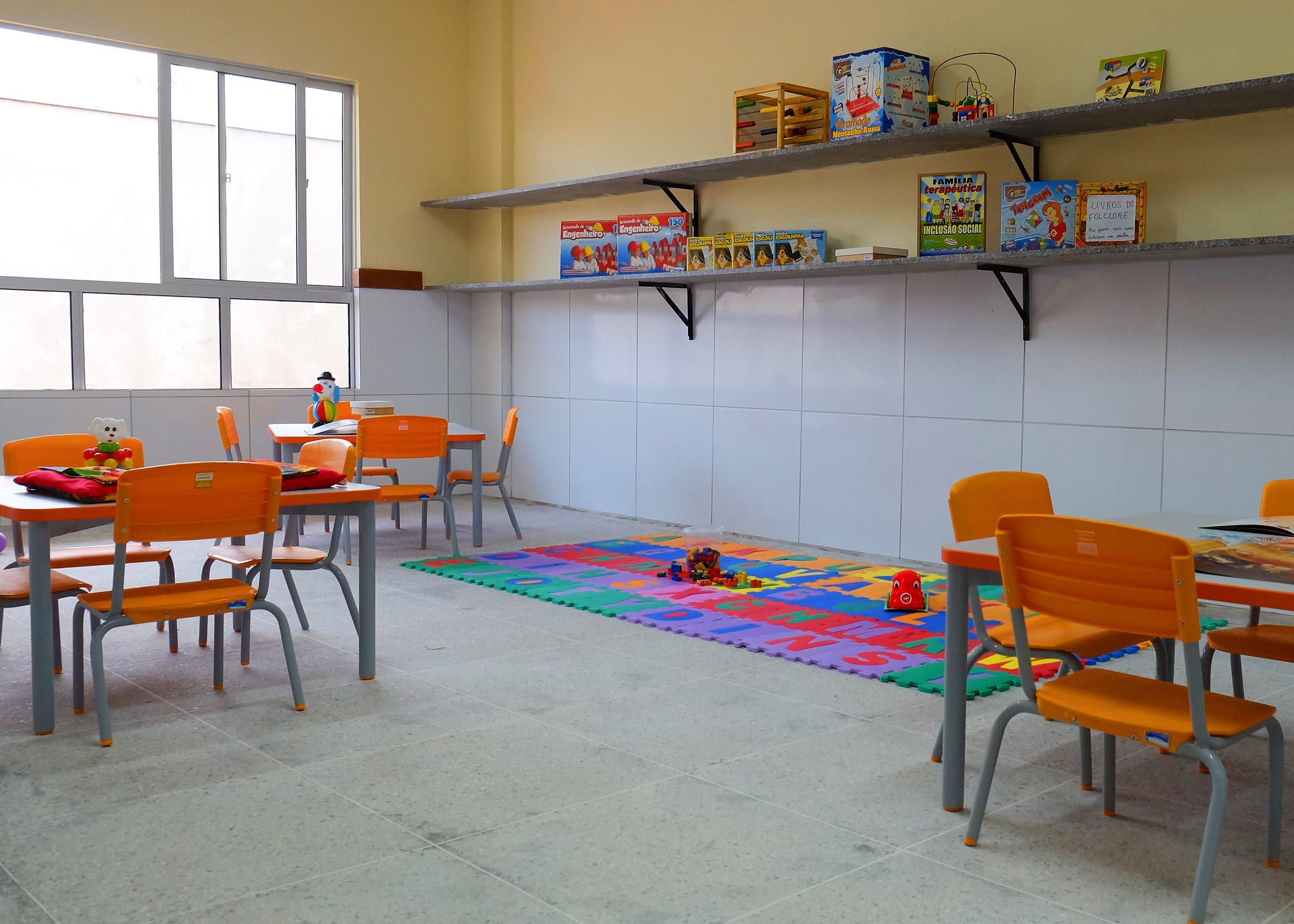 Secretaria de Educação planeja ampliação de vagas em escolas e UEIs