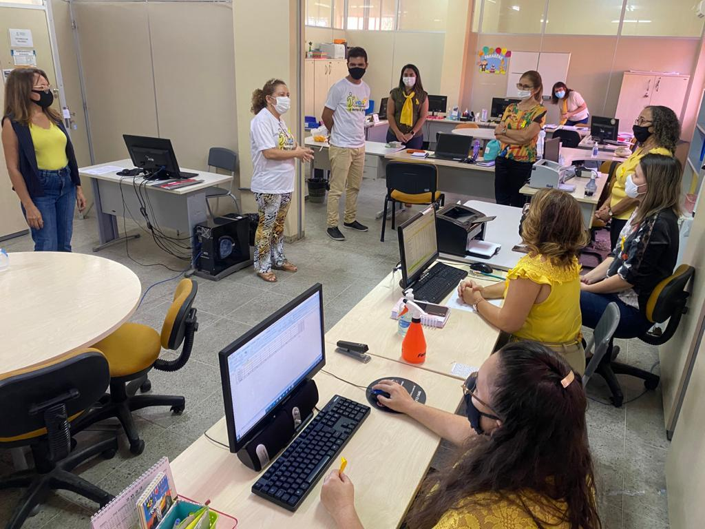 SME realiza ação de conscientização no trânsito para professores e demais profissionais da educação