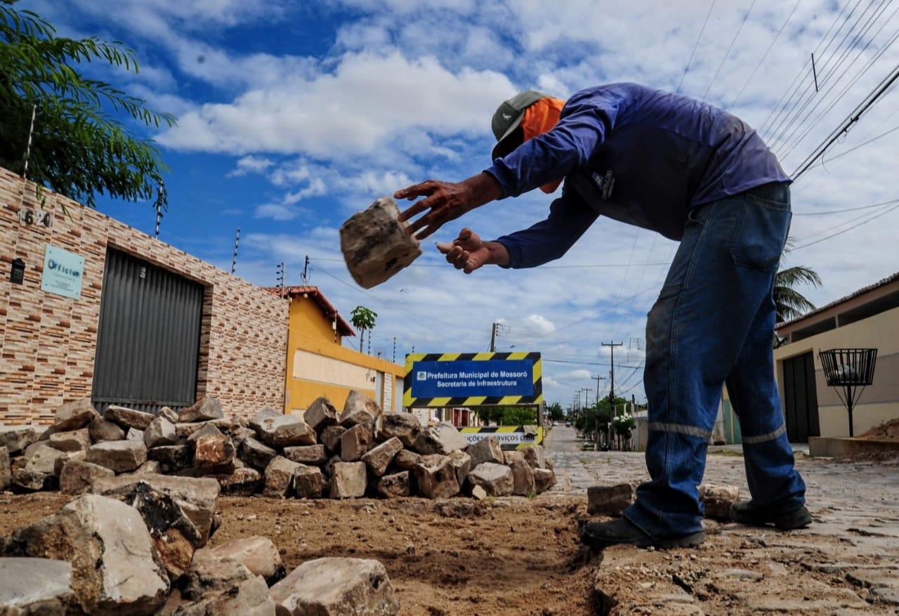 Ruas do Sumaré recebem serviços de tapa-buracos