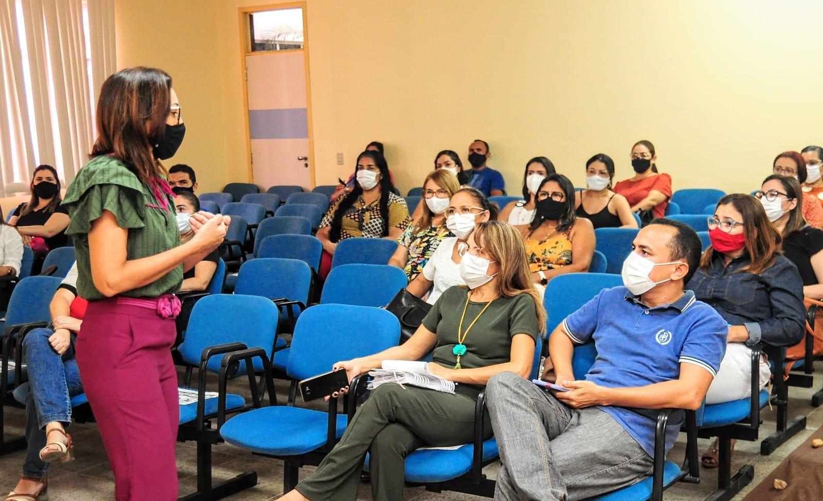 Equipes do Ensino Fundamental iniciam reuniões sobre alinhamento curricular