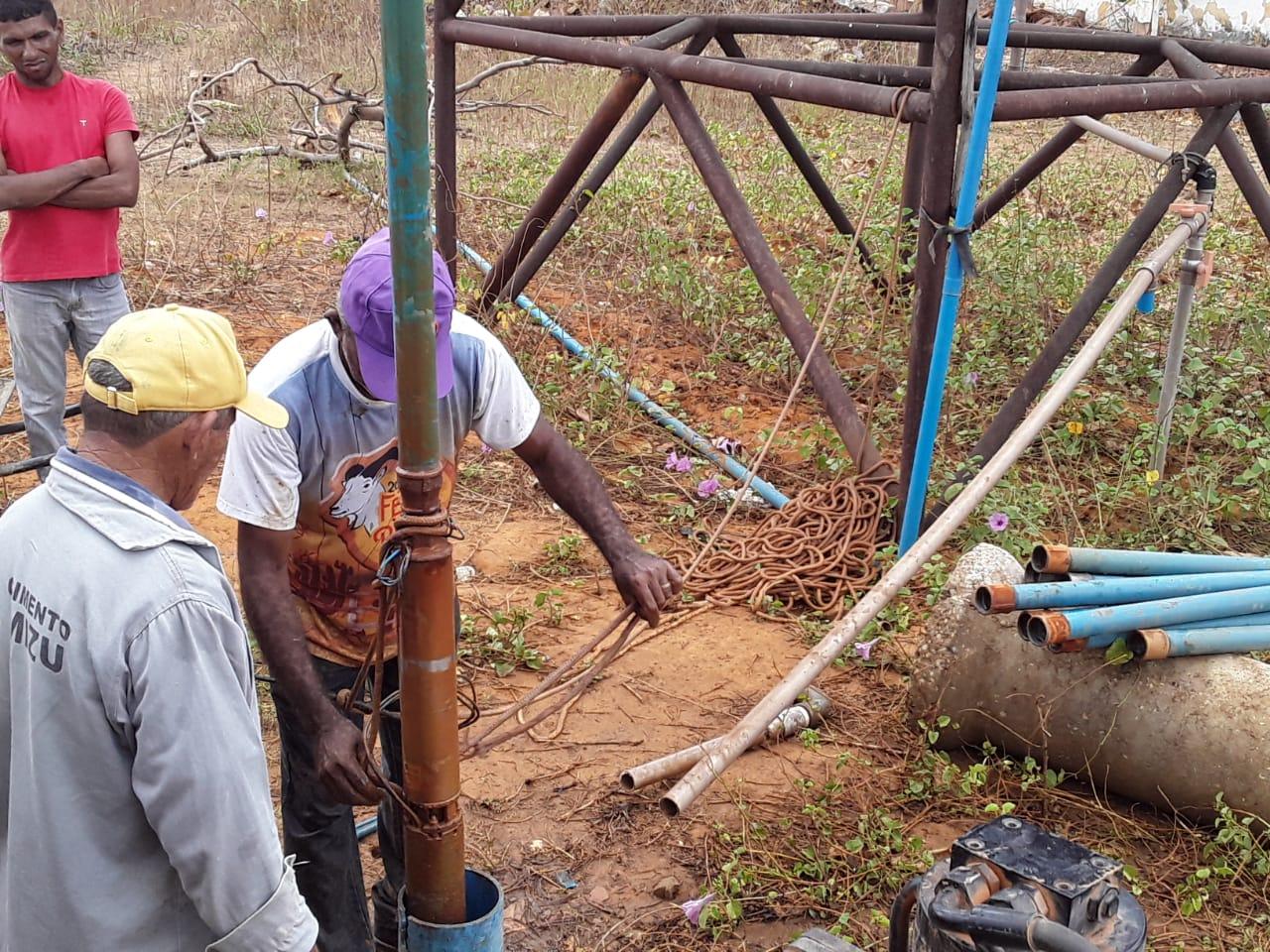 Secretaria de Agricultura realiza serviços na zona rural