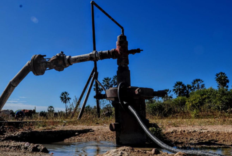 Secretaria realiza reunião em Fazenda Nova e manutenção de dessalinizador em Passagem do Rio