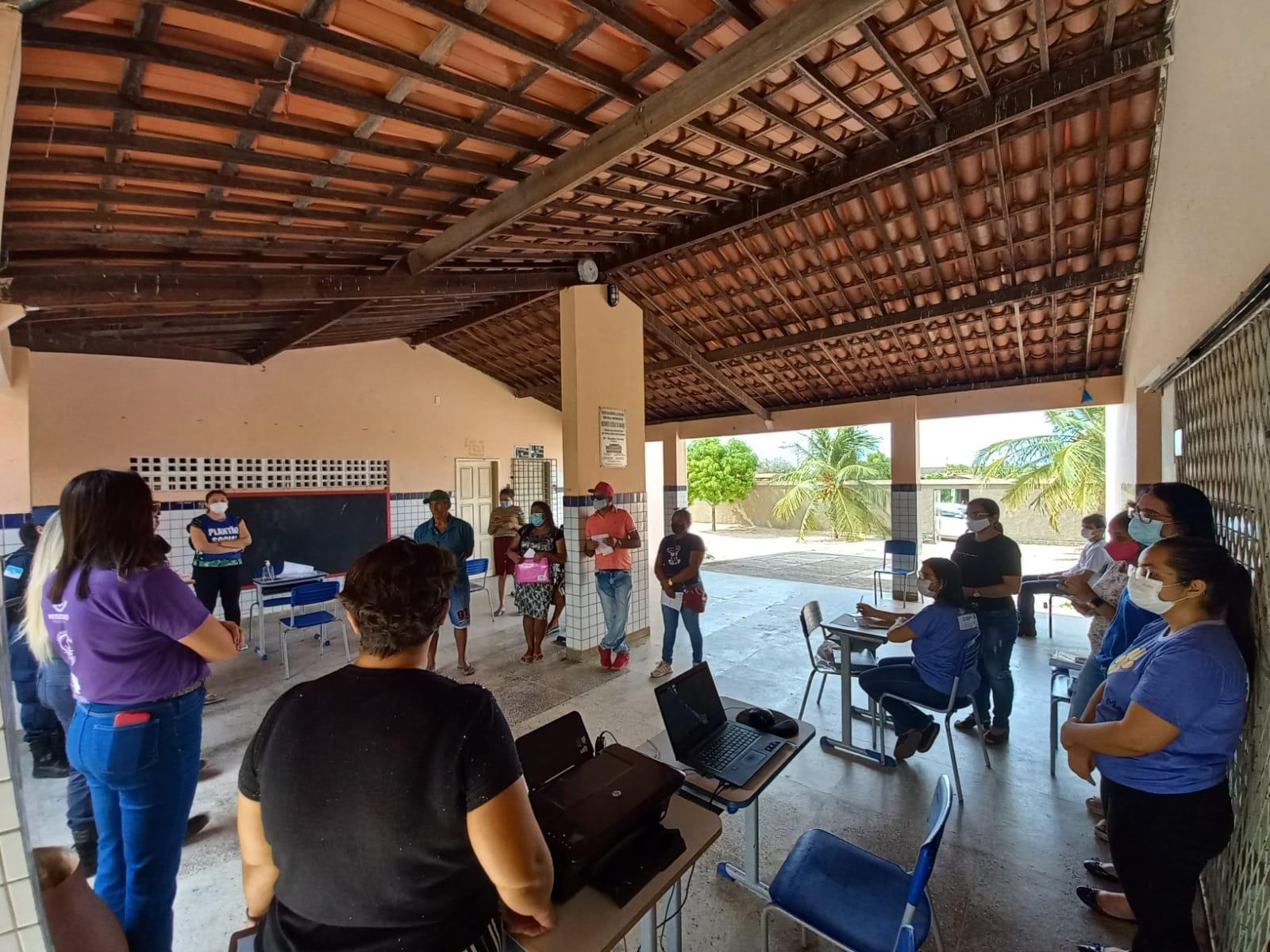 Campanha Agosto Lilás chega a escolas e unidade de saúde do município
