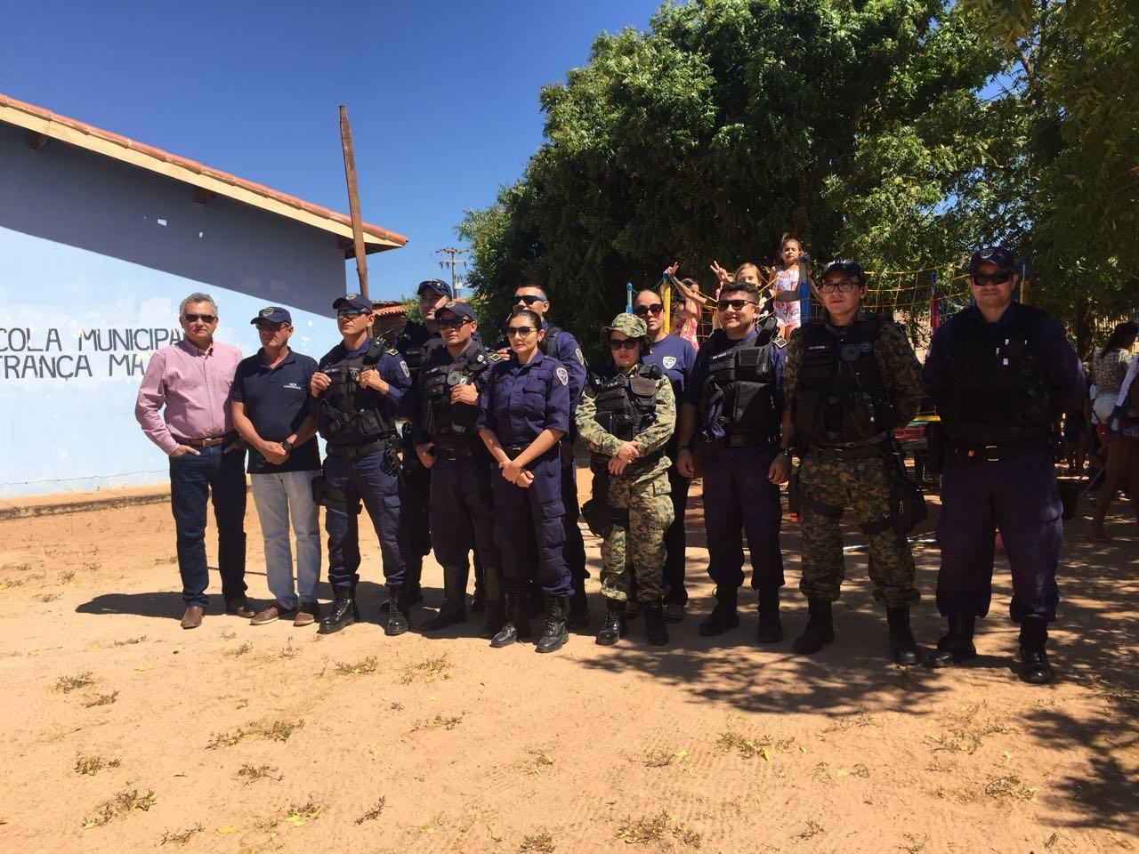 Ação da Guarda Civil Municipal beneficia crianças da Serra Mossoró e Rancho da Caça