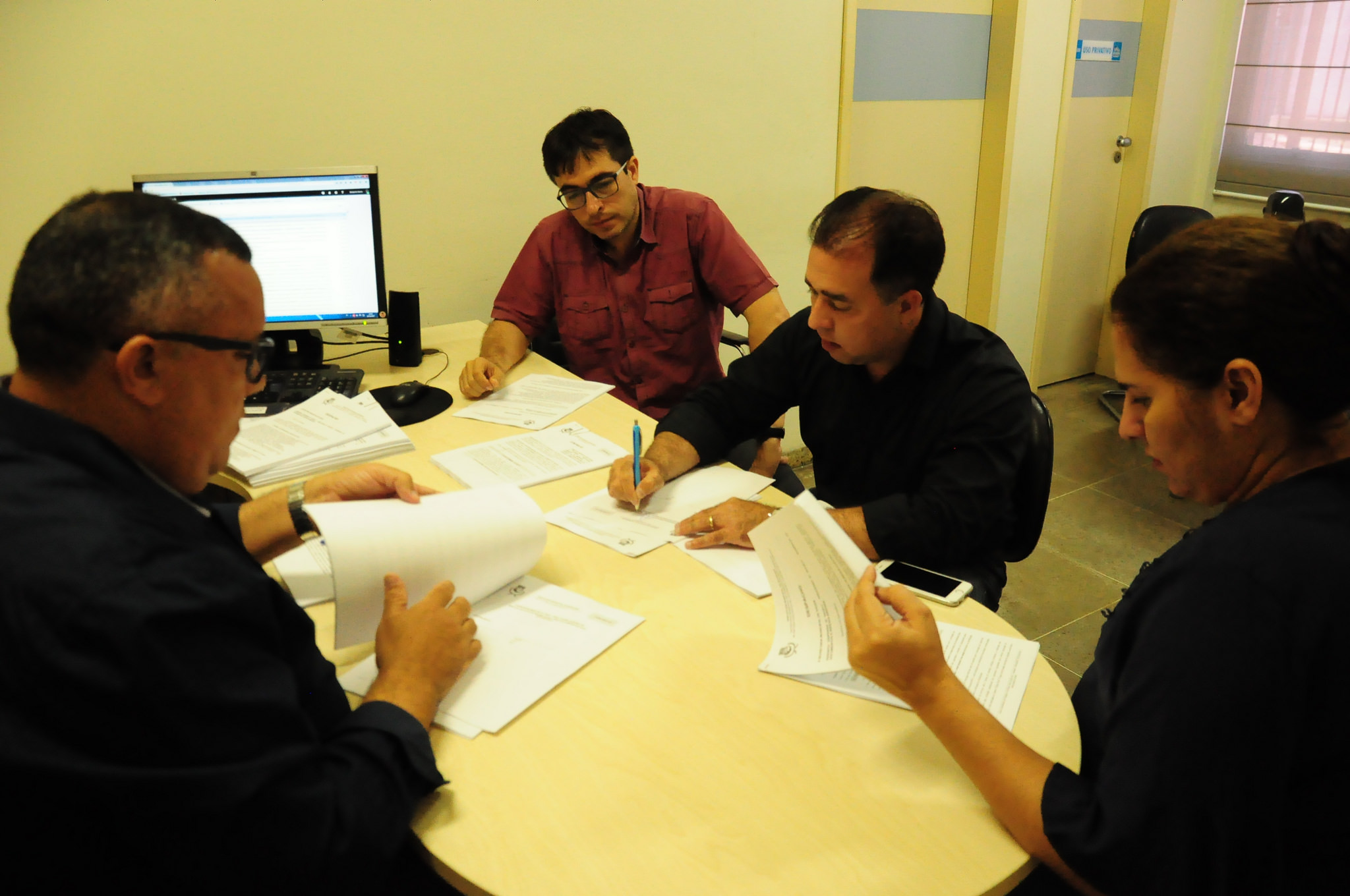 Hospitais assinam contrato para realização de cirurgias eletivas