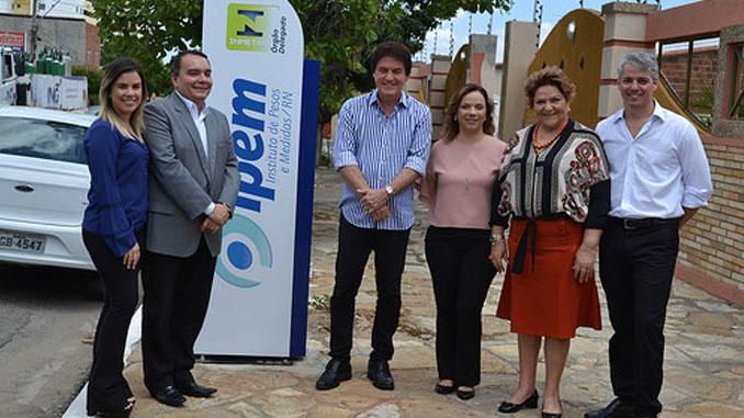 Vice-prefeita defende alternativas para geração de empregos em evento sobre produção petrolífera