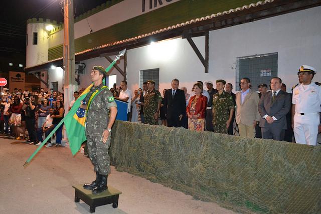 Prefeita participa da formatura dos atiradores do Tiro de Guerra 07-010