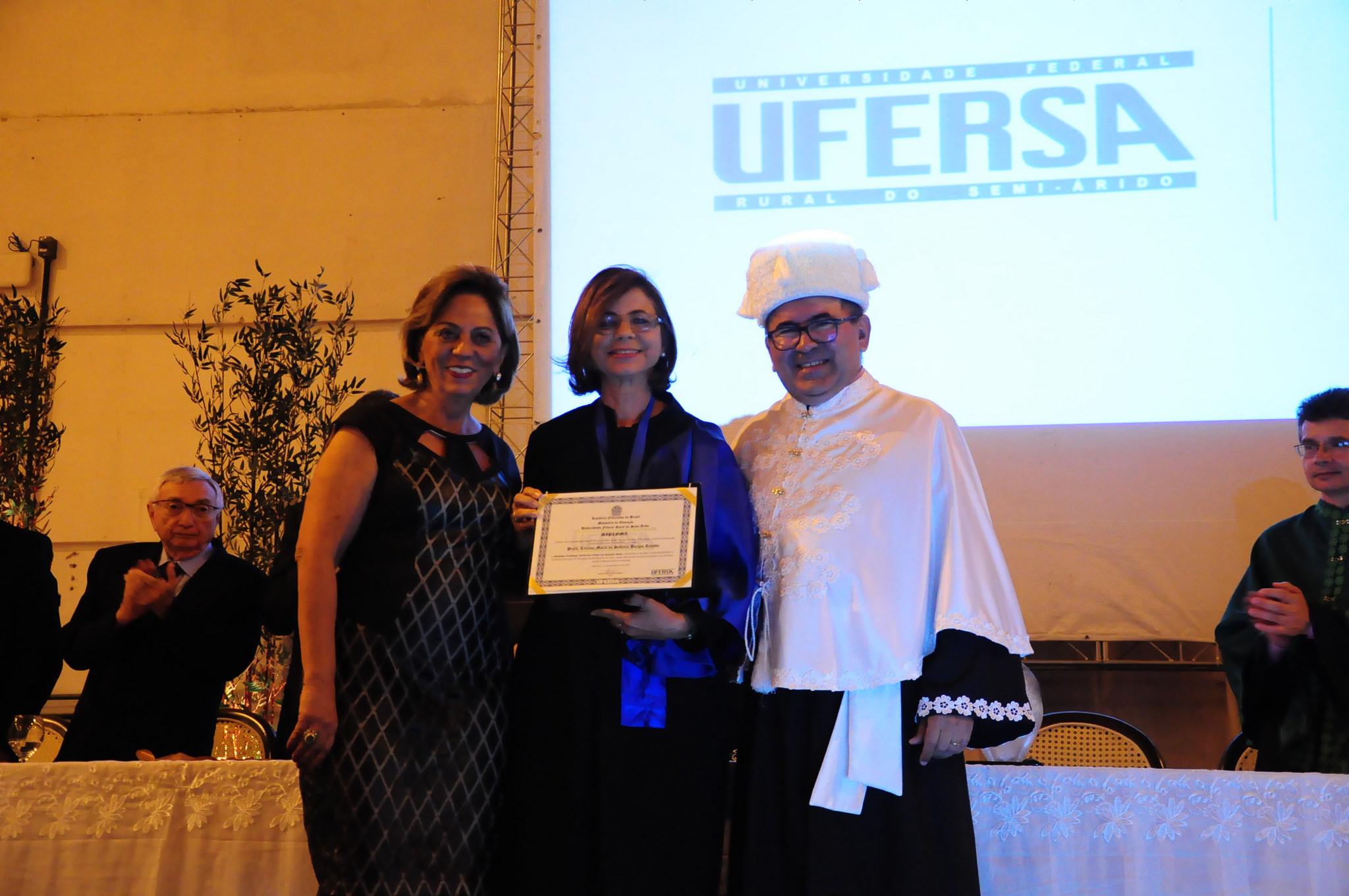 Prefeita Rosalba Ciarlini participa de solenidade em homenagem aos 50 anos da ESAM/UFERSA