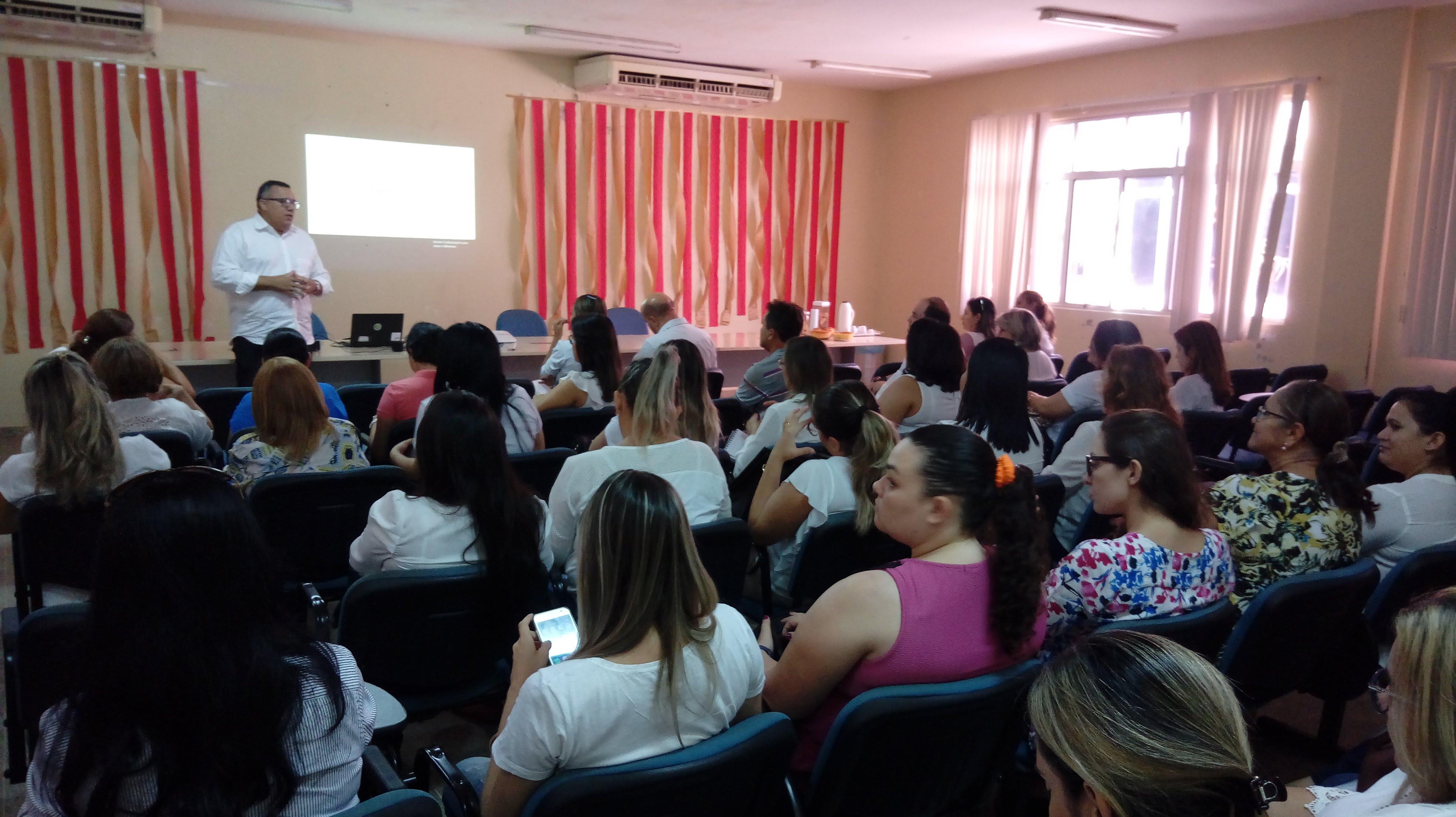 Secretaria de Saúde reúne gerentes de Unidades de Serviços para fortalecer campanha do Janeiro Branco