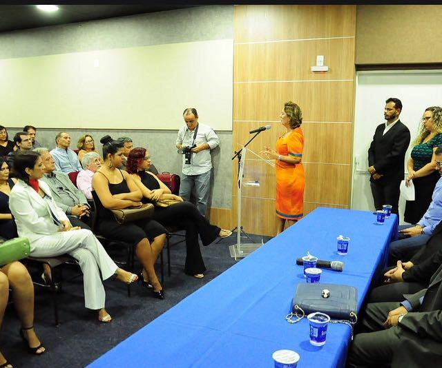 Prefeita Rosalba Ciarlini participa da solenidade de posse no Sindivarejo