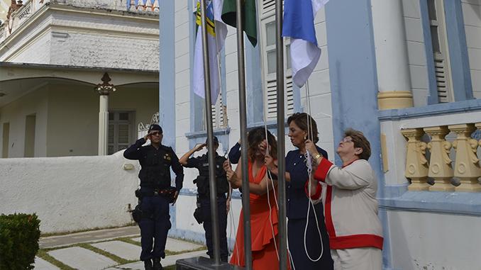 Hasteamento de bandeiras marca início das comemorações dos 166 anos de Mossoró