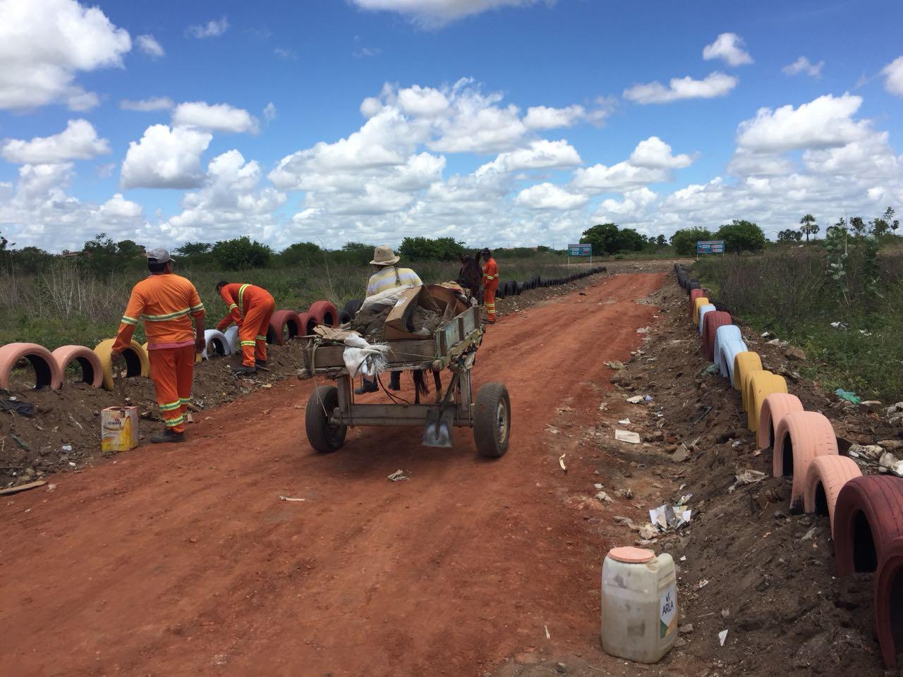 Prefeitura realiza mutirão de limpeza e cria ponto de descarte para carroceiros no Belo Horizonte