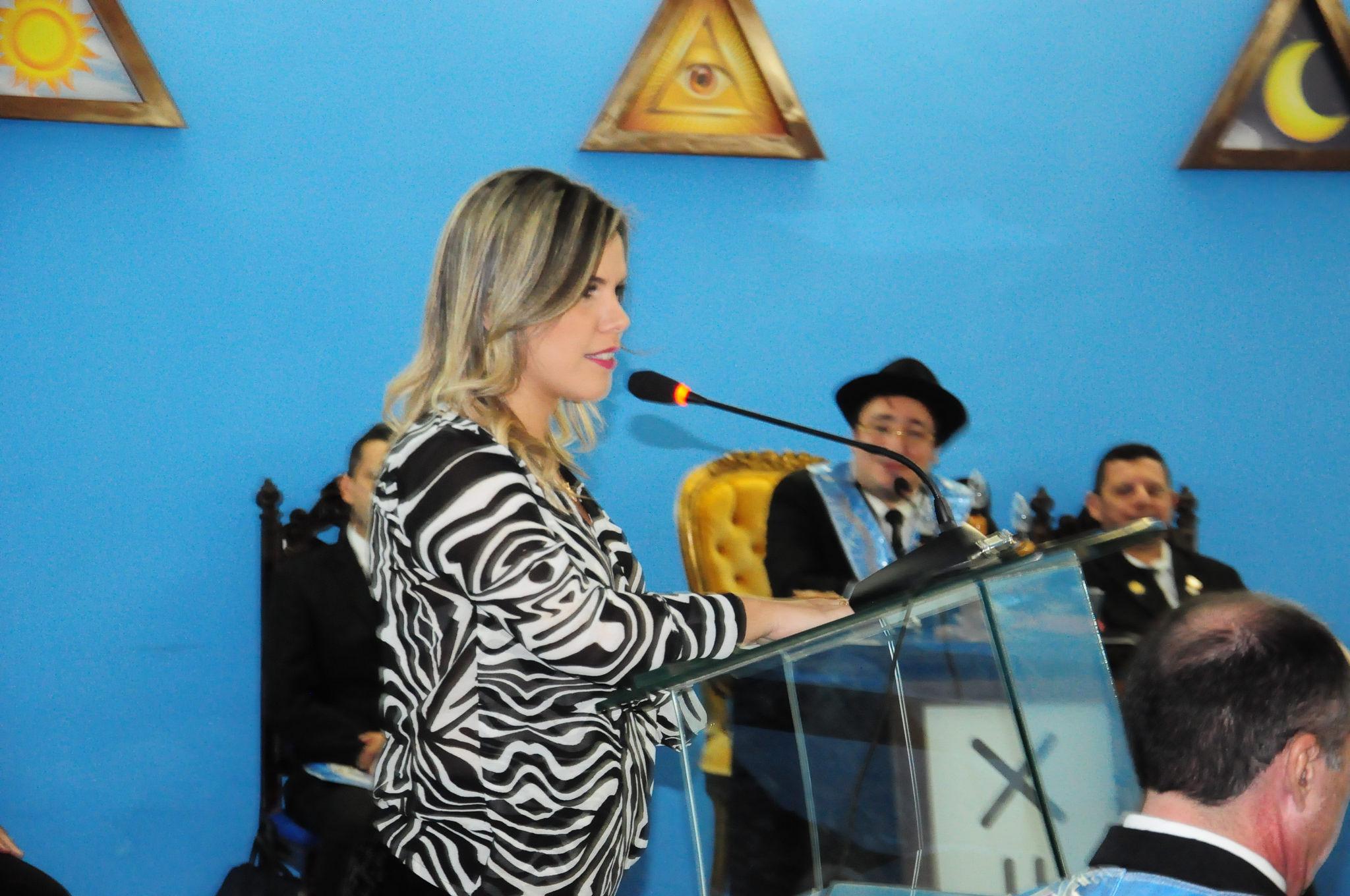 Vice prefeita Nayara Gadêlha participa de Sessão Magna na loja Maçônica Jacques Demolay