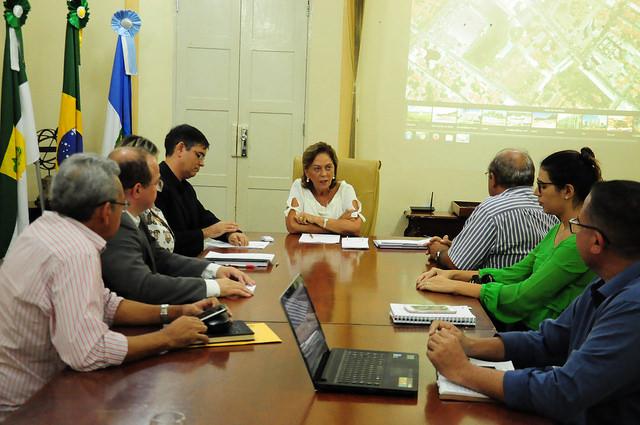Prefeita reúne secretariado para definir ações de prevenção às chuvas