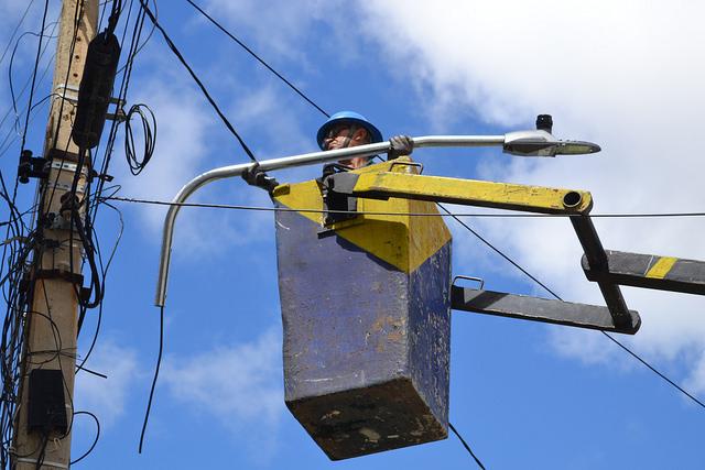 Prefeitura inicia trabalho de troca de 100% das lâmpadas de vapor de sódio por led