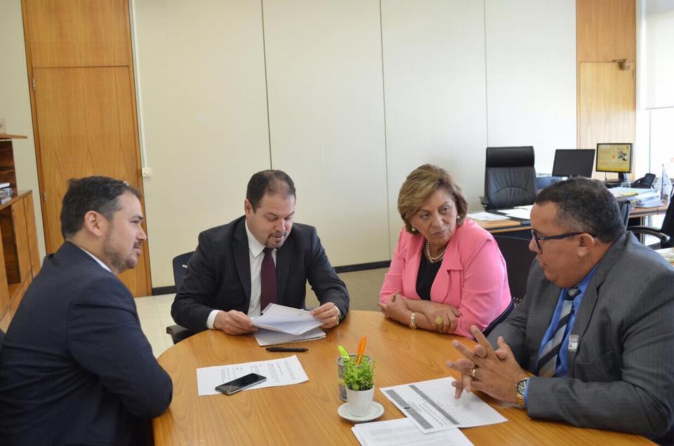 Em Brasília, prefeita Rosalba Ciarlini viabiliza parcerias nas áreas de saúde e segurança