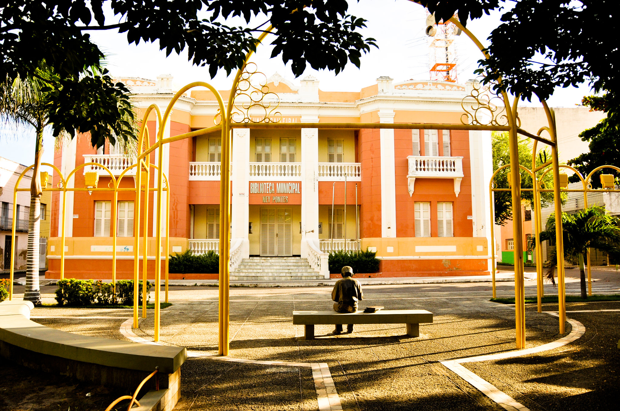 Biblioteca Ney Pontes Duarte recebe I Amostra Litero-Cultural em comemoração aos 90 anos da resistência